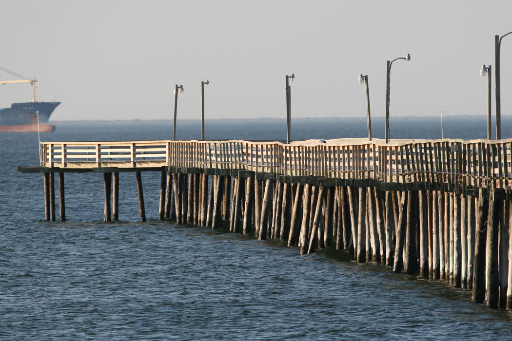 Online list of lights leuchtfeuerindex for Lynnhaven fishing pier